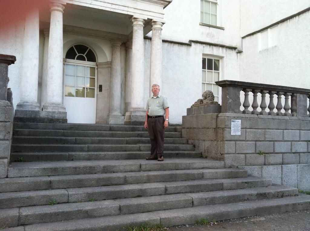 Sam at the entrance to Rathfarnham Castle